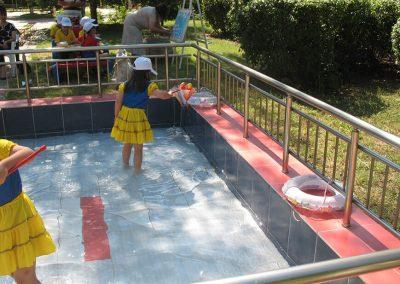 Забавления във вода